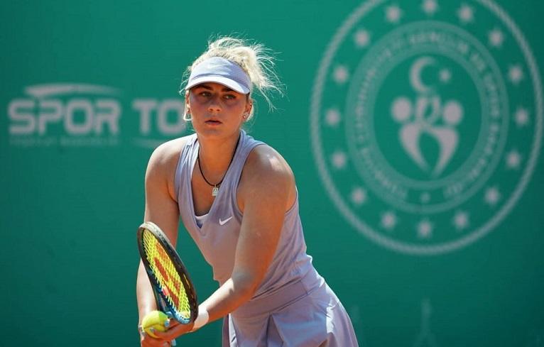 Костюк решительно одолела Гаспарян в квалификации теннисного турнира в Мадриде