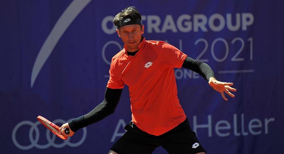 Сергей Стаховский добивается успехов в парном турнире ATP в Остраве