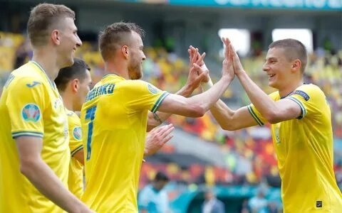 Национальная команда Украины прошла в 1/8 финала чемпионата Евро-2020