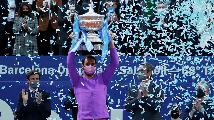 Теннисист Рафаэль Надаль в 12 раз выиграл турнир в Барселоне