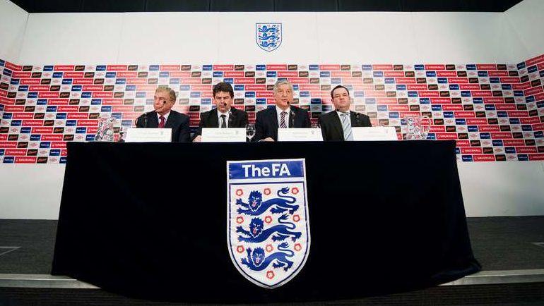 FA организовывает расследование для клубов Английской Премьер-лиги, участвующих в Суперлиге Европы