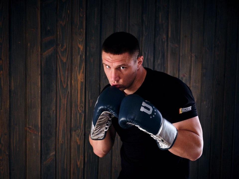 Украинец Владислав Сиренко возвращается на боксерский ринг