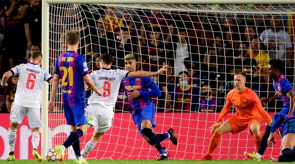 «Бавария» на выезде «уничтожила» «Барселону» в матче 1-го тура группового этапа Лиги чемпионов