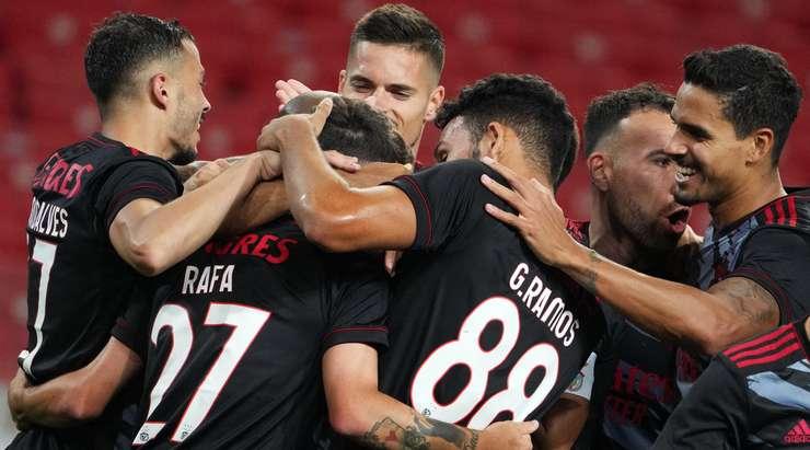 В УЕФА заявили, что забитый мяч «Бенфики» в ворота «Спартака» арбитр засчитал по ошибке