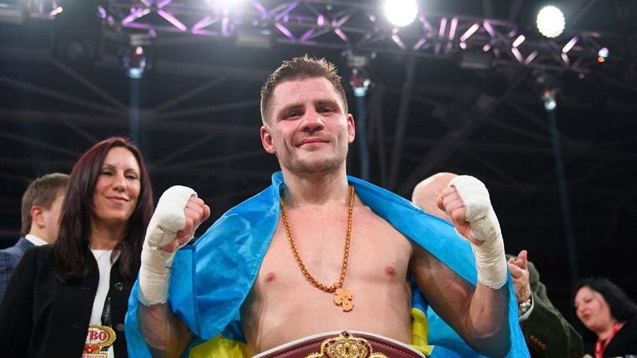 Украинский боксер Денис Беринчик проведет еще один поединок на голых кулаках