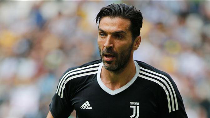 Легендарным игроком «Ювентуса» заинтересовались итальянские «Рома» и «Аталанта»