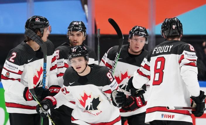 Сборные Канады и Швейцарии одержали крупные победы над соперниками на ЧМ-2021 по хоккею в Риге