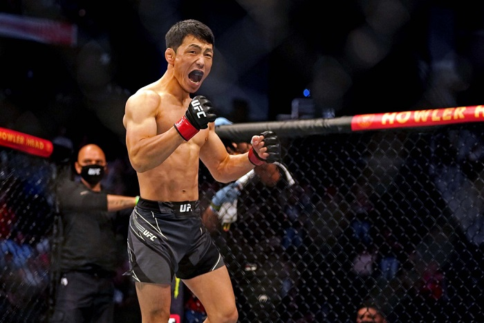 Самый быстрый нокаут на UFC 261 оформил Данаа Батгерел