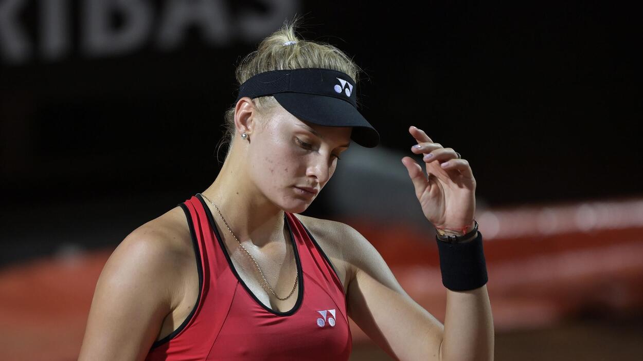 Украинская теннисистка Д.Ястремская не смогла одолеть Лейлу Фернандес в дебютном матче на Олимпийских Играх-2020
