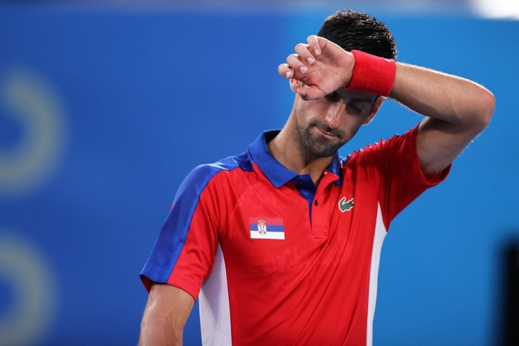 Теннисист Новак Джокович неожиданно проиграл в полуфинале Олимпийских игр-2020