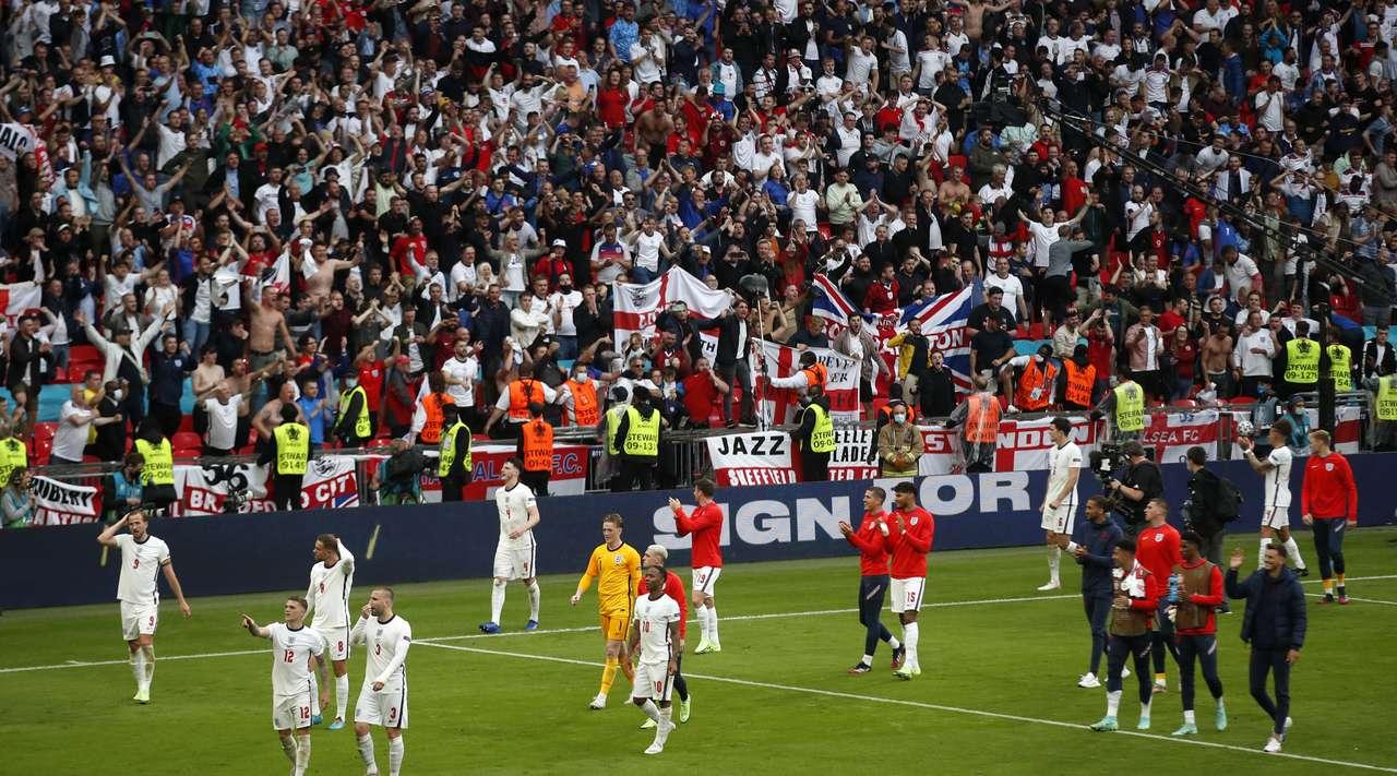Английские фаны не сомневаются в победе своей сборной над Украиной на Евро-2020