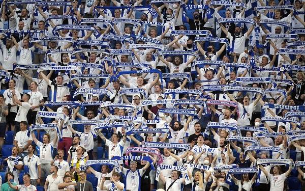 Финские болельщики привезли домой Covid-19 из Санкт-Петербурга, после групповых матчей своей сборной на Евро-2020