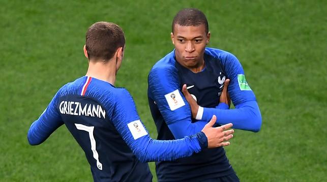"""Всплыли """"подводные камни"""" конфликта между футболистами сборной Франции на Евро-2020"""