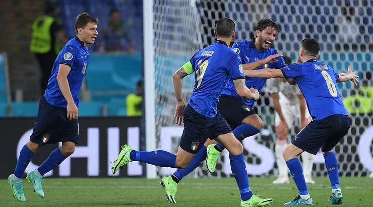 Сборная Италии обыграв швейцарцев гарантировала себе место в плей-офф Евро-2020
