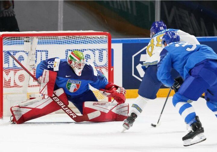Сборная Казахстана переиграла сборную Италии с разгромным счетом на ЧМ-2021 по хоккею