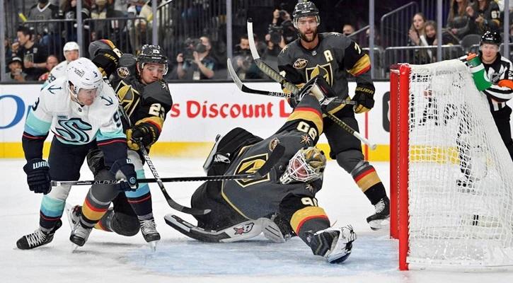 НХЛ: В дебютном матче «Сиэтл Кракен» проиграл «Вегасу»