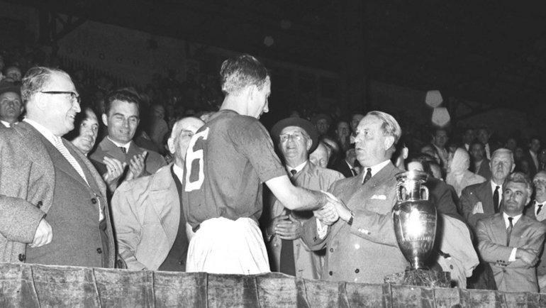 Национальная команда СССР по футболу 61 год назад выиграла свой первый ЧЕ