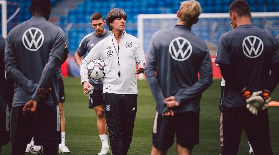 Германия начнет подготовку к Евро 2020 без основных игроков