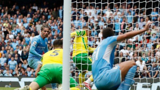 «Манчестер Сити» реабилитировался после поражения в 1 туре АПЛ, обыграв «Норвич»