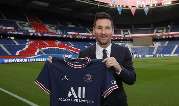Лео Месси подписал контракт с французским «ПСЖ»