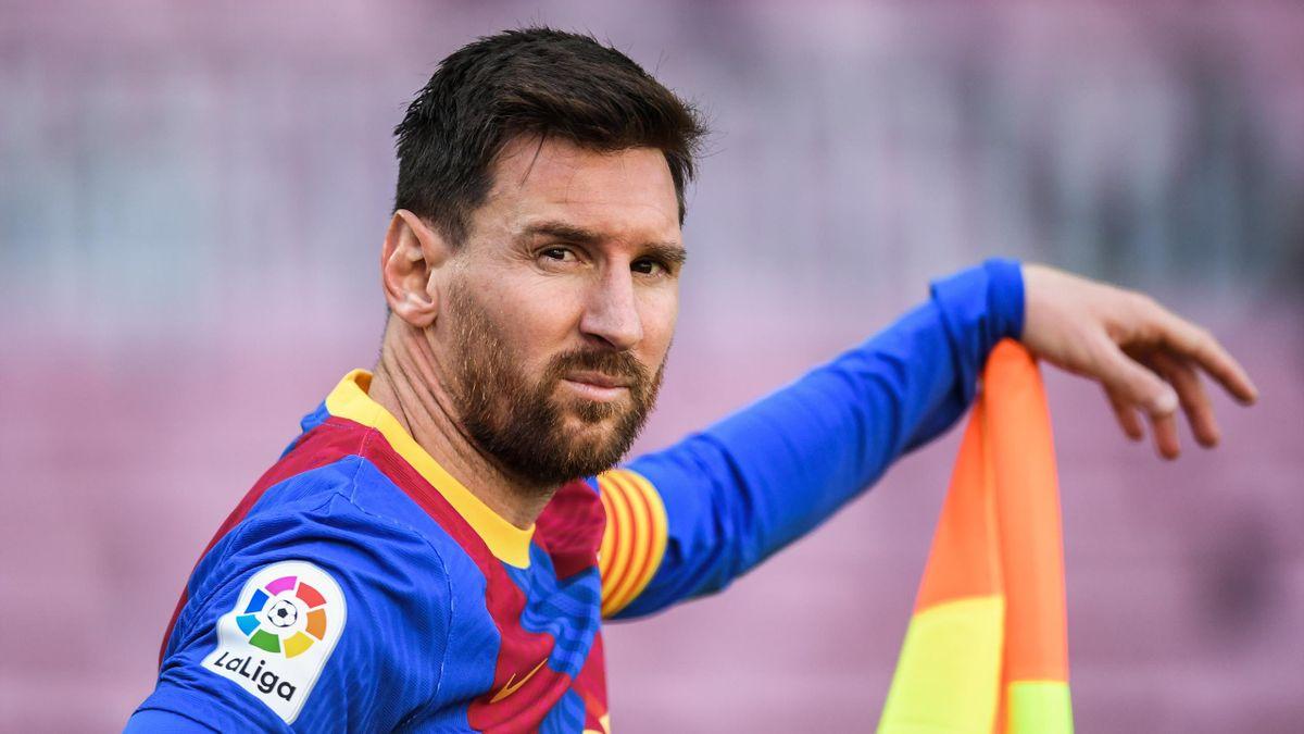 Французский «ПСЖ» предлагает Лионелю Месси зарплату выше, чем ФК «Барселона»