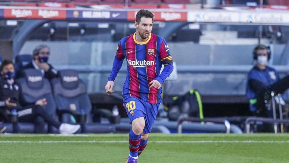 Месси отклоняет первое предложение ФК «Барселона» по контракту и занимается поиском дома в Париже