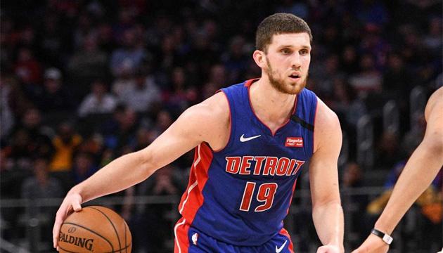 Украинец Святослав Михайлюк в новом сезоне будет играть в NBA за «Торонто»