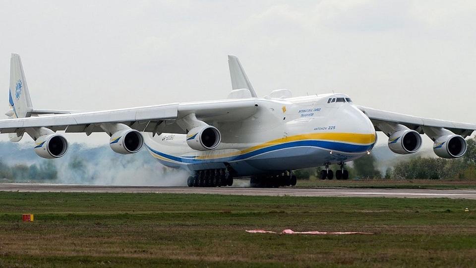 Украинские атлеты установили мировой рекорд, перетянув Ан-225 «Мрия»