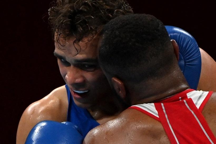 Олимпийские игры - 2020: боксеру из Новой Зеландии, чуть не откусил ухо марокканский соперник