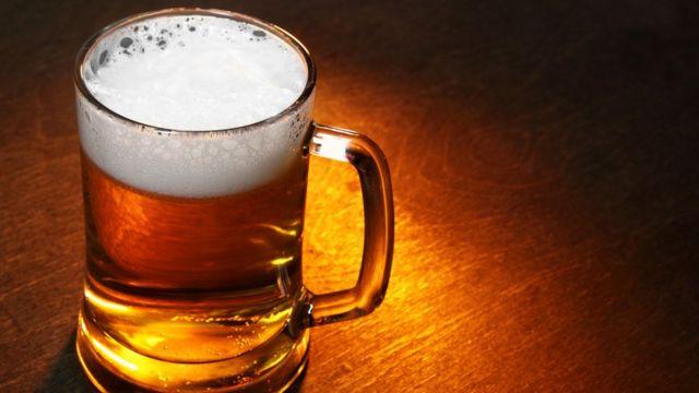 Львовянам раздадут бесплатное пиво во время матча сборных Бельгии и России на Евро-2020