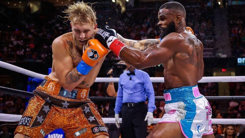 Джейк Пол одержал победу в боксерском поединке у Тайрона Вудли