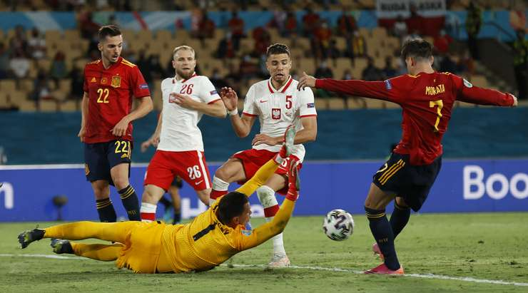 Национальные команды Испании и Польши сыграли вничью на Евро-2020