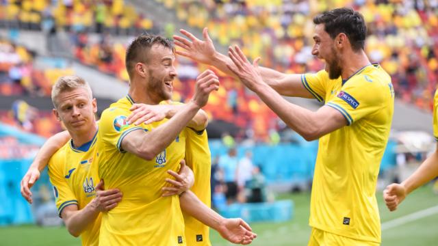 Трое украинских игроков вошли в ТОП-20 рейтинга лучших игроков ЕВРО-2020, составленного УЕФА