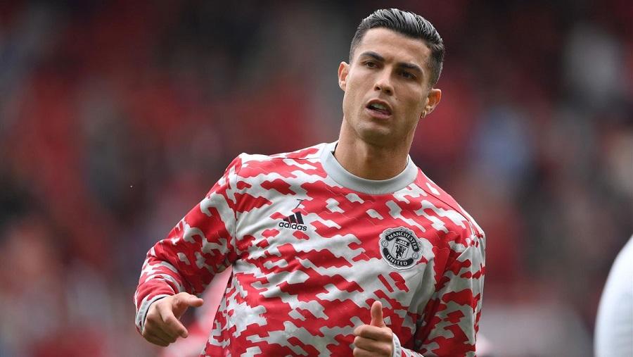 Криштиану Роналду официально получает заработную плату больше, чем футболисты трех клубов чемпионата Англии