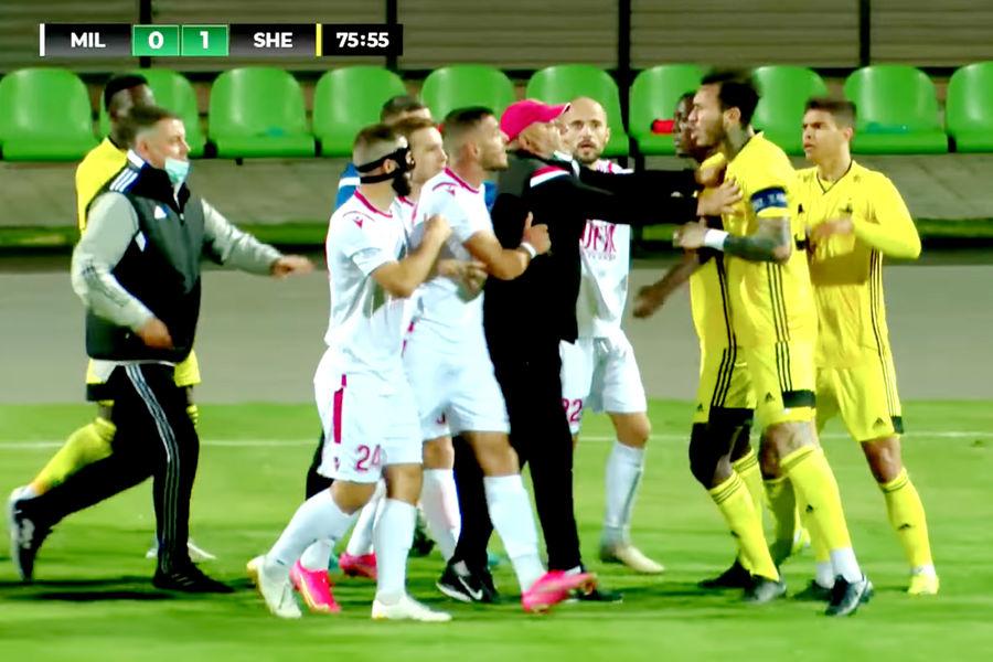 В матче «Милсами» - «Шериф» футболисты устроили драку во время матча