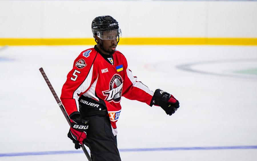 Игрок ХК «Донбасс» Джейлен Смерек после расистского скандала в УХЛ продолжит свою карьеру в Германии