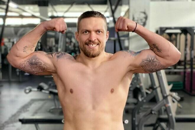 Александр Усик продолжает подготовку к боксерскому поединку с Энтони Джошуа
