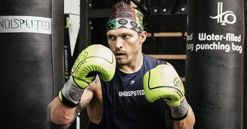 Украинский боксер Александр Усик готовится к переходу в категорию супер хевивейт