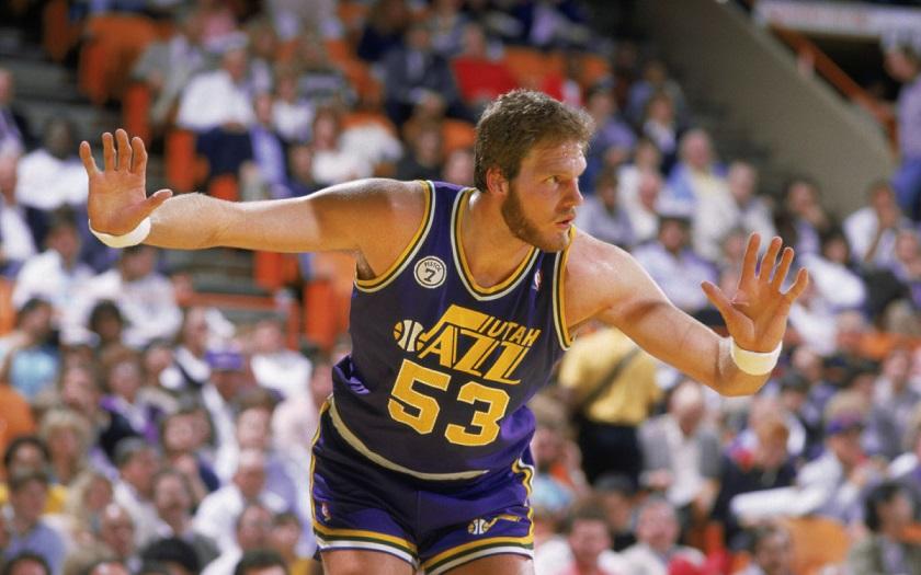 Умер знаменитый баскетболист «Юты» Марк Итон
