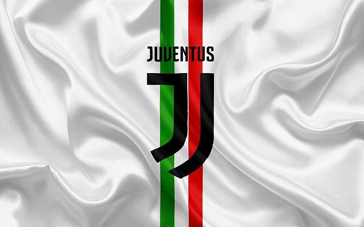 Ювентус продолжает борьбу за зону Лиги Чемпионов, обыграв Интер в Серии А