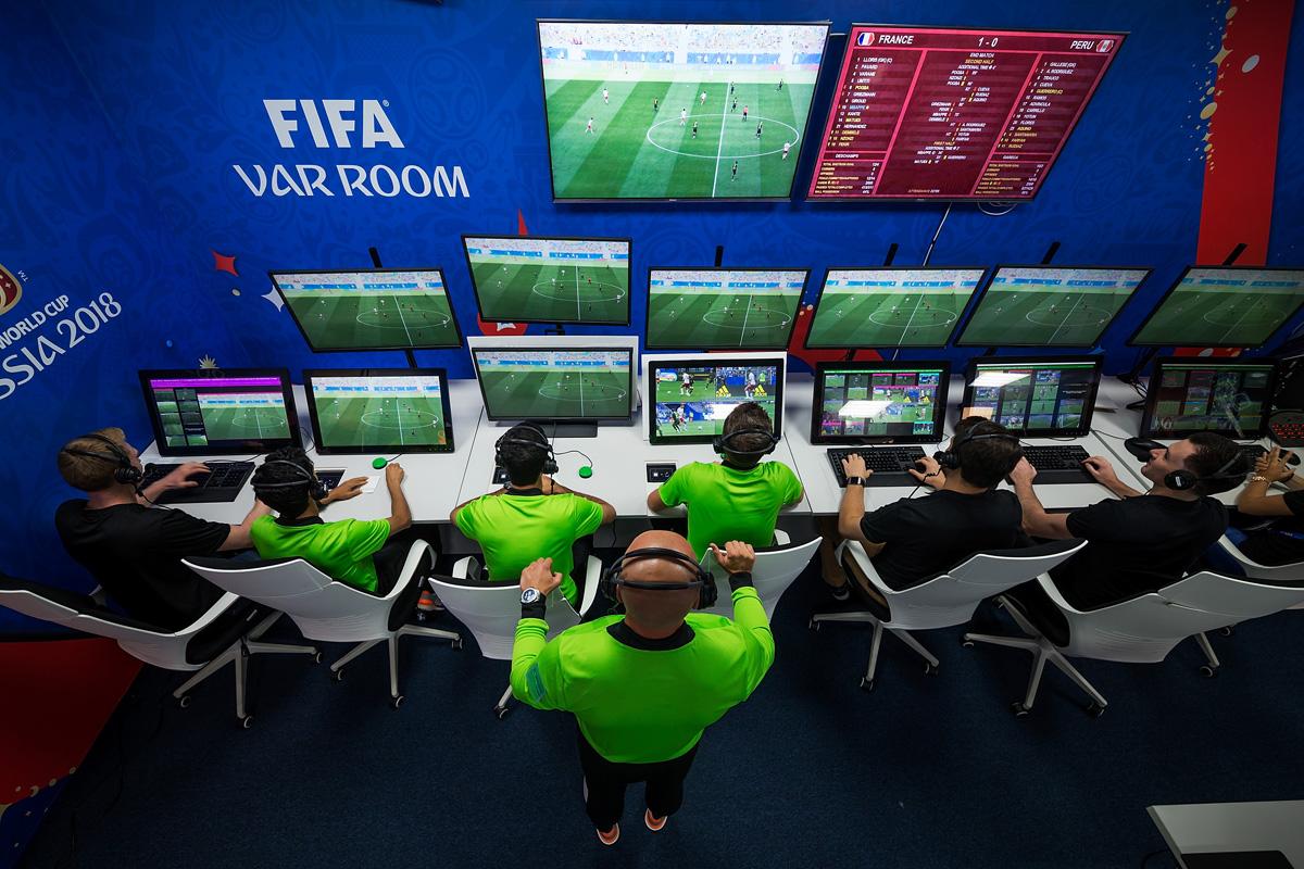 Систему VAR будут использовать во время квалификационного этапа Чемпионата мира-2022 по футболу