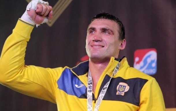 Украинец Виктор Выхрист отправил Майка Маршалла в технический нокаут в рамках андеркарда Фьюри - Уайлдер