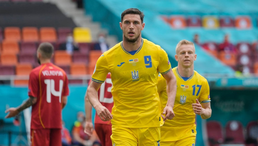 Роман Яремчук – худший футболист в матче против австрийцев на Евро-2020